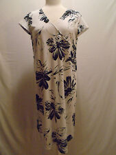 Duo Maternity Womans Maternity White & Black Floral Dress Size Medium