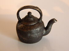 (M3.16) 1/12th scale DOLLS HOUSE RESIN TRADITIONAL STOVE KETTLE