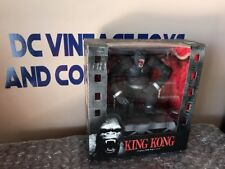 McFarlane Toys - King Kong - Movie Maniacs   Deluxe Action Figure SEALED