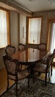 DAVANTI LUXURY ITALIAN DINING TABLE SET WITH 6 CHAIRS. GLOSS BROWN/GOLD, AMAZING