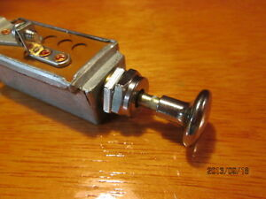 VINTAGE DASH INSTRUMENT TRUCK HOT ROD RAT SCTA 30A FOG HEAD LIGHT SWITCH LAMP