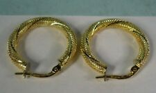 High Quality 18K Yellow Gold Patterned Hoop Earrings by UNO A ERRE, 2.2g