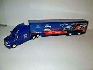 Die Cast & Plastic Dale Jarrett Ford Quality Care Service Transporter, 1:64