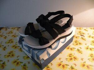 NWB - Clarks Cloud Steppers Womens Arla Mae Wedge Comfort Sandals -Black -US 7.5