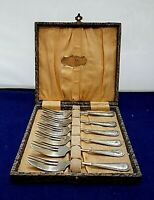 Antique Pie Cake Forks in Original Box EPNS Silver Plated Finest Finish England