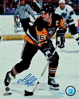 MARIO LEMIEUX  ( PITTSBURGH PENGUINS )  -  TWO  5 x 7 SIGNED  PHOTO  REPRINTS