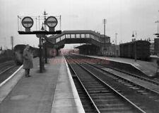 PHOTO  SR SITTINGBOURNE RAILWAY STATION VIEW 18/9/54