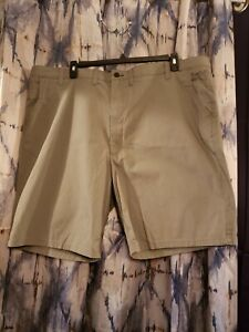 Wrangler Outdoor Series Flex Size 48 Beige Chino Shorts Pockets Casual Golf Mens