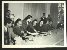1949 ISRAEL HOLY LAND ARMISTICE SIGNING PHOTO RHODES EGYPTIAN RALPH BUNCHE VINTA