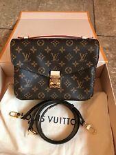 Louis Vuitton Pochette Metis Monogram Bag