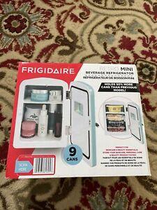 Frigidaire Portable Retro Extra Large 9 Can Mini Fridge Make Up EFMIS175 - BLUE