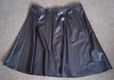 NEW LOOK  GORGEOUS BLACK FAUX LEATHER SKATER MINI SKIRT UK 6 PETITE