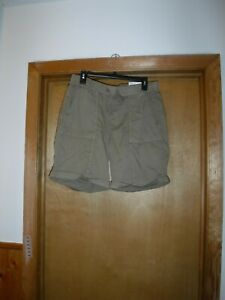 Pull On Bermuda Shorts size 12 Sonoma Lead Grey Beige 98% cotton 2% spandex