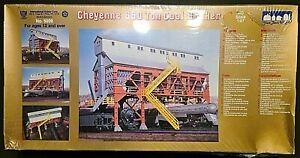 IHC 1/86, 1/87 (HO scale) kit #5000 Cheyenne 650 Ton Coal Bunker