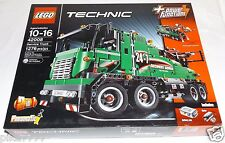 LEGO Technic SERVICE TRUCK 42008 2-in-1 Truck with Crane trailer motorized tow