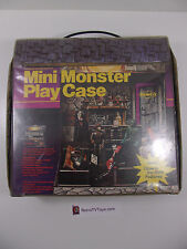 VINTAGE REMCO MINI MONSTER PLAY CASE UNIVERSAL MONSTERS