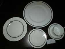 Wedgewood ~ Retired Vera Infinity 5 Pc Place Set ~NWT Closed Jewelry Store 4