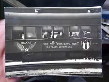WW2 ERA SNAPSHOT PHOTO, ARMY AIR FORCE MEN RETURN FR CHINA, BURMA, INDIA SERVICE