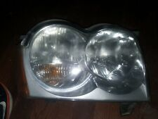 2005-2007 Jeep Grand Cherokee Passenger Right Side Headlight Lamp Assembly USED
