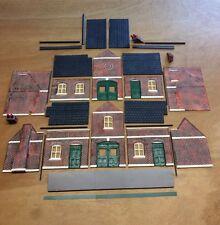 Garden Railway G Gauge 1:24th Scale Railway Station Painted Kit