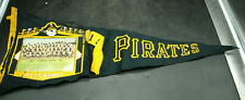 1967 PITTSBURGH PIRATES TEAM PICTURE PENNANT  CLEMENTE (E2)