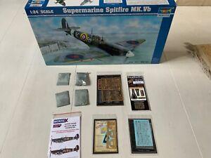 Trumpeter  1/24 Spitfire Mk V