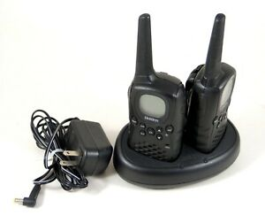 Uniden Two-Way Radio Set w/Charger GMRS/FRS GMR635 6-Mile 22-Channel GMR635-2CK