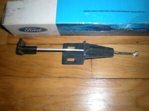 NOS 1972 FORD PINTO VENT AIR OUTLET DUCT CONTROL RH