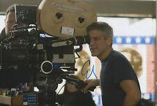 George Clooney Director Autogramm signed 20x30 cm Bild