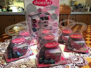 Hasbro Shoezies Girls Night Out Finger Shoes New With Display 7 pair shoes