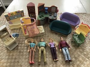 Fisher Price Loving Family Lot of Dollhouse Furniture Dad Mom Kitchen Bathroom