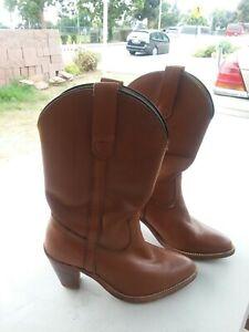 Frye Womens boots 7895 / size 6B