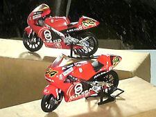 MOTO GILERA 125GP POGGIALI WORLD CHAMPION2001 IXO 1/24