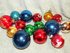 Lot of 15 Vintage Christmas balls. assorted sizes - EB11
