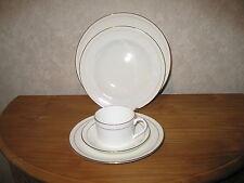 COALPORT *NEW* ELANORA Set 3 assiettes + 1 tasse Set 3 plates + 1 cup
