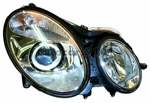 Mercedes-Benz E500 Hella Front Right Headlight 008369361 2118202461