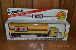 Rare 1983 Stomper Road Kings Canadian Home Hardware Tractor Trailer Semi