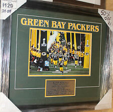 GREEN BAY PACKERS UNSIGNED 8x10  PHOTOGRAPH FRAMED