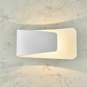 ENDON Jenkins 7.5W LED Dimmable Indoor Wall Light Matt White Finish 678LM 61032