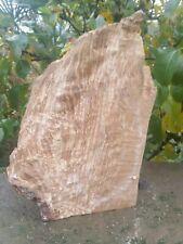 Morceau de Bois de hêtre  échauffé tournage sculpture coutellerie N7