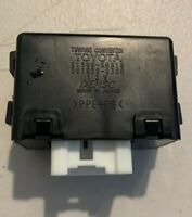Toyota 4Runner 81985-35010 Towing Converter Relay Module. 03 04 05 06 07 08 09