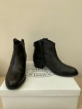 Steve Madden Ladies Black Leather Ankle Boots Size 4