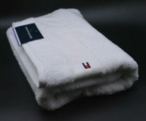 Tommy Hilfiger Bath Towel In White Cotton Brand New Genuine Item With Tags