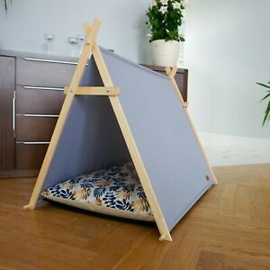 Leaves dog tent, dog hut, dog waterproof bed with wooden stand, dog cabin
