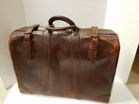 "Atlas Of Chicago Genuine Vintage 1920's Leather Suitcase 20""L x 14"""