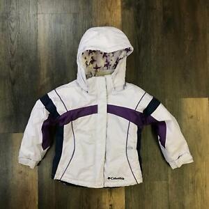 COLUMBIA SPORTSWEAR White/Purple Hooded Snowboarding Jacket Girl's Size 4/5