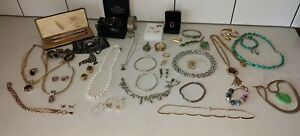 Vintage Deceased Estate Costume Jewellery Collection (Incl Jade, Turquoise,...
