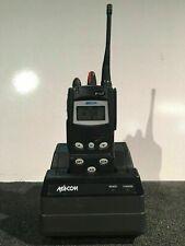 MACOM RADIO P7100ip W/chargeur