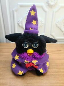 1999 Furby 70-896 Toys R Us Wizard Special Edition Tiger Hasbro Works Great