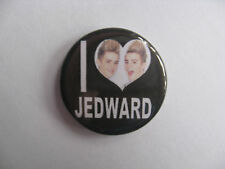 JEDWARD BUTTON BADGE I LOVE HEART JOHN AND EDWARD BIG BROTHER CELEBRITY JUICE TV